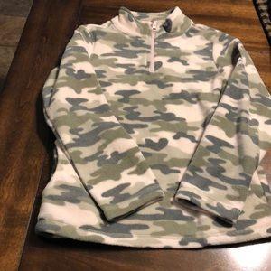 Girls fleece pullover Camo shirt
